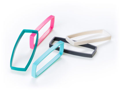 Track E coloured silicone bands in pink, ligt blue, turquoise, black and white